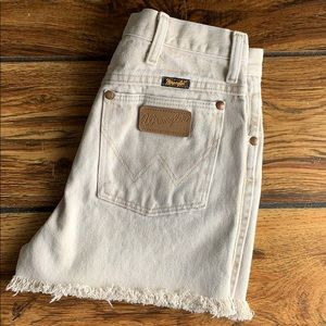 ⋆ wrangler high rise denim shorts